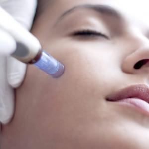 Invasive Facial mesotherapy